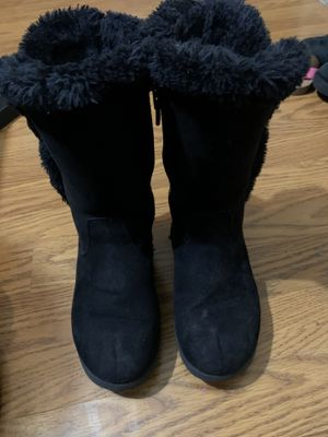 Girls Boots Size 1 for Sale in Mission, TX