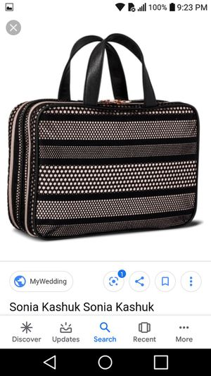 New makeup bag..FROM TARGET for Sale in Vernon, CA
