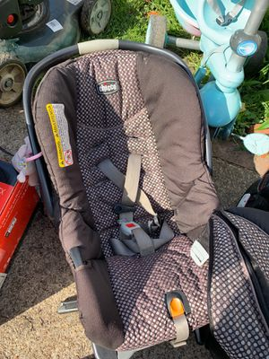 Chicco Infant Baby Cartier/Car Seat - Parma Heights for Sale in MIDDLEBRG HTS, OH