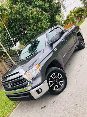 2015 Toyota Tundra 4WD Truck for Sale in Hollywood, FL