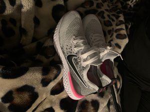 Women's Nike Shoe for Sale in East Los Angeles, CA
