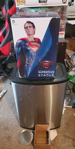 dc collectibles man of steel statue for Sale in Graham, WA