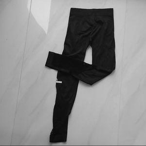 Stella McCartney for Adidas- Black Leggings for Sale in North Miami Beach, FL