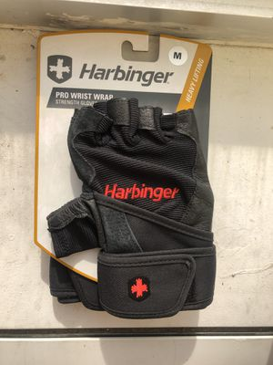 Workout gloves and Knee Brace. (NEW) for Sale in Tulsa, OK