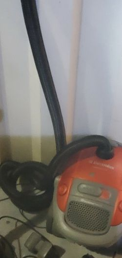 Electrolux Canister Vacuum with caret and hard floor brush. work for Sale in Brandon,  FL