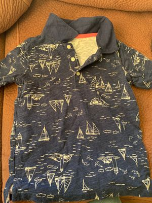 Size 5 in boys t-shirt for Sale in Pacheco, CA