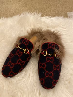 Authentic Gucci Fur princetown for Sale in Montclair, CA