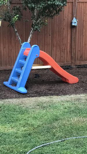 Toddler Slide FREE for Sale in Woodinville, WA