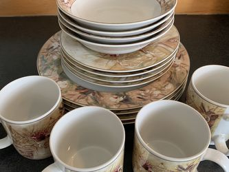 Dinnerware Sets 16pcs for Sale in Vancouver,  WA