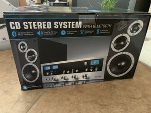 Classic CD Stereo System w/ Bluetooth for Sale in Fontana, CA
