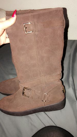 Size 7 coach fur boots for Sale in Spring Hill, FL
