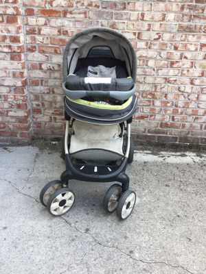 Graco Stroller, infant car seat and base for Sale in Knoxville, TN