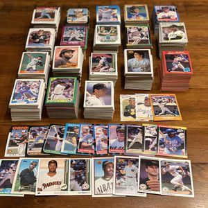 HUGE 2,000 Baseball Card LOT ~ Upper Deck, Donruss, Fleer, Topps, Score, Bowman for Sale in Darien, CT