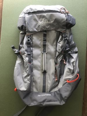 Arrowhead Hiking Backpack 47.5L NEW for Sale in Denver, CO