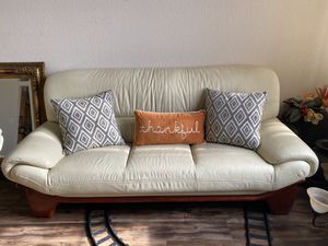 Beige Love seat, chair, and couch for Sale in Elk Grove, CA