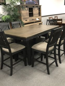 7PC Solid Wood Dining Table Set 🔥 On SALE 🎈 for Sale in Fresno,  CA