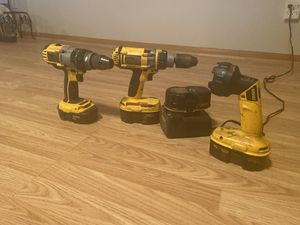 2 dewalt drills and flashlight for Sale in Mound City, MO