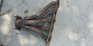 Volvo 5 cylinder 2.4 2.5 exhaust manifold oem non-turbo for Sale in Dallas, TX