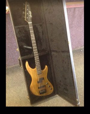 Bass Guitar Guild Pilot EMG & hard case 1990's made in USA for Sale in Columbus, OH