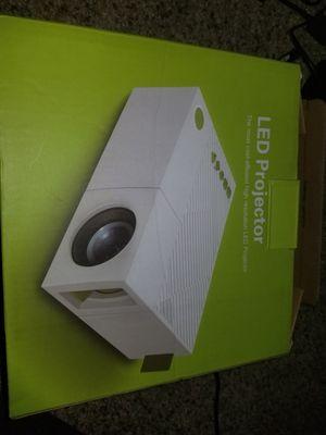 hdmi USB mini projector for Sale in Chesapeake, VA