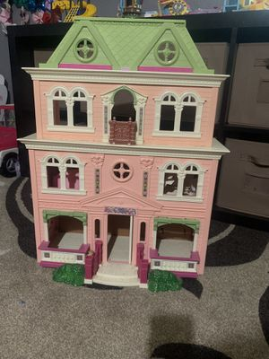 Doll house for Sale in Riverside, CA
