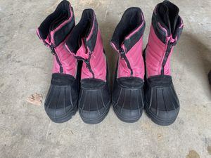 Snow boots (kids) for Sale in Reedley, CA
