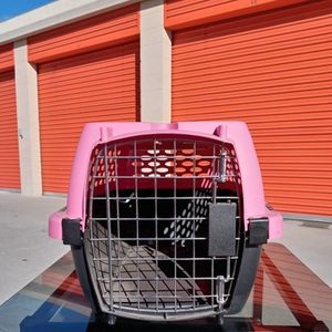 Petmate Kennel for Sale in Irvine, CA