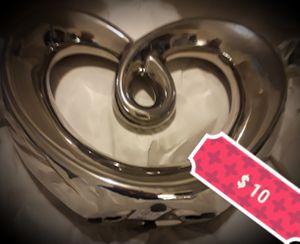 New, Pier 1 Adorable Silver Heart Room Decor. for Sale in Clovis, CA
