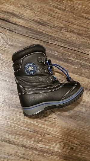 Snow boots boy 7c us 13cm for Sale in New York, NY