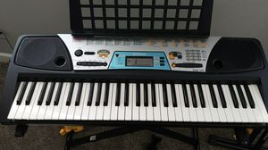 Yamaha keyboard and stand for Sale in Pasco, WA