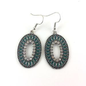 Jewelry- Paparazzi Earrings for Sale in Dublin, GA