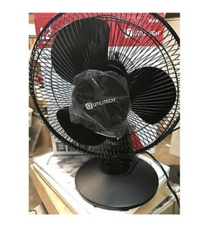 utilitec 12-Inch Three-Speed Oscillating Desk Fan New for Sale in Las Vegas, NV