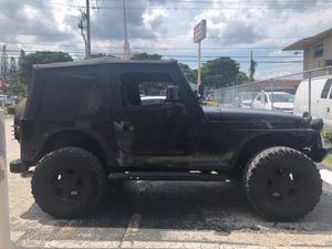 Jeep Wrangler 98 for Sale in Miami, FL