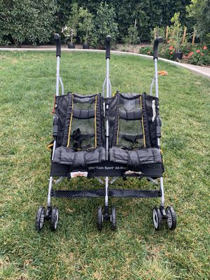 Foldable Double Stroller light weight for Sale in Los Angeles, CA