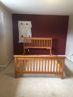 Bed frame for Sale in Bonney Lake, WA