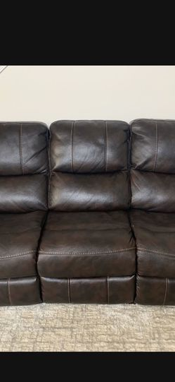 Power Reclining leather sofas Set Of 2 for Sale in Macomb,  MI