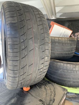 305/40/22 tires for Sale in Patterson, CA