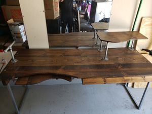 6ft Computer Desk. In good condition. for Sale in San Diego, CA