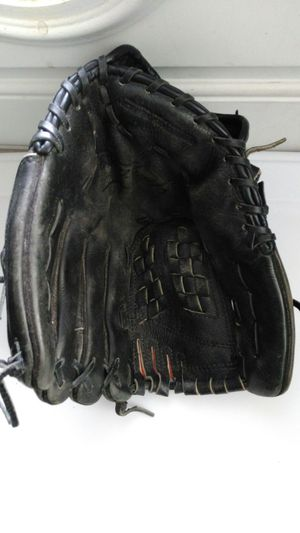 "Nike softball glove 13"" baseball mitt for Sale in San Leandro, CA"