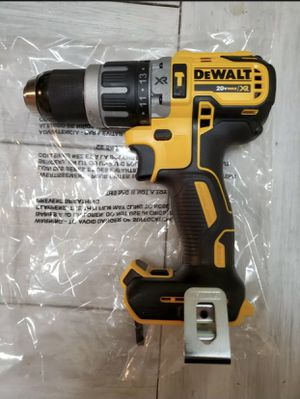 """Dewalt 20V Max XR Brushless Compact Hammer Drill Driver 1/2"""" DCD796. Tool Only. for Sale in Chicago, IL"""