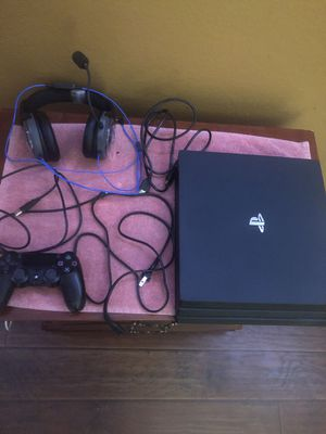 PS4 pro for Sale in San Jacinto, CA