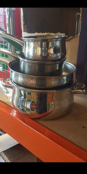 Brand new Pots & Pans set / Nuevo juego de Hoyas for Sale in City of Industry, CA
