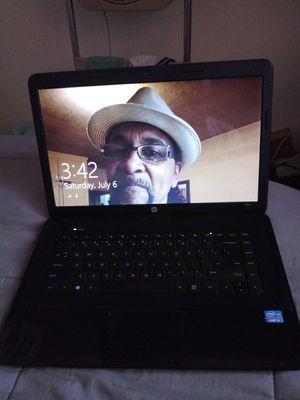 HP 2000 Laptop. for Sale in Yuma, AZ