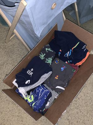 Box of Baby Boy Clothes 12-24 months!!!! for Sale in Orlando, FL