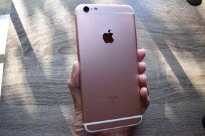 Apple iPhone 6s Plus Rose Gold 32 GB Unlocked for Sale in Alexandria, VA