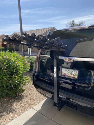 Thule Trailway 4-bike Hitch Rack $200 OBO for Sale in Chandler, AZ