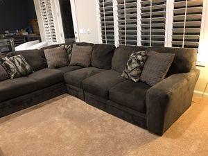 3 piece sectional sofa like new for Sale in Mesa, AZ