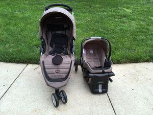 Britax b Agile Stroller with car seat for Sale in Fairfax, VA