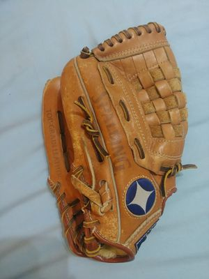 Kids Lefty Baseball Glove for Sale in Malden, MA