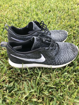 Nike shoes | Roshe Flyknit 🔥 for Sale in Tampa, FL